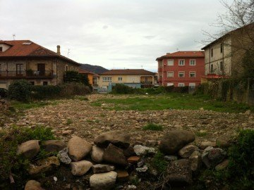 Terreno urbano en Los Corrales de Buelna