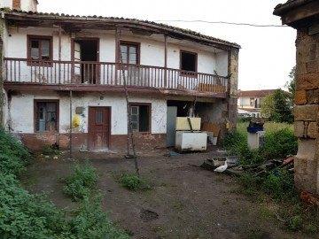 Parcela en Los Corrales de Buelna
