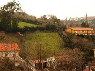 Terreno urbano en Comillas