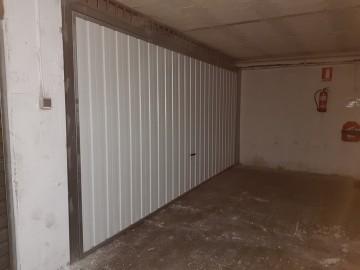 Garaje en Los Corrales de Buelna
