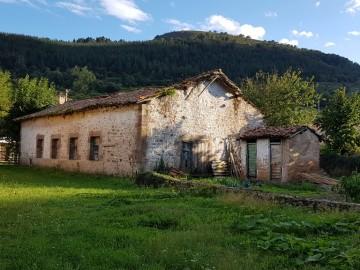 Casa en Bárcena de Pie de Concha