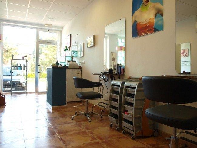Local comercial en alquiler en Torrelavega con 41 m2 por 350 €/mes