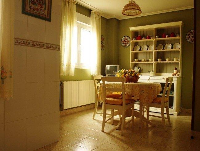 Chalet en venta en San Felices de Buelna con 3 habitaciones, 2 baños y 150 m2 por 220.000 €