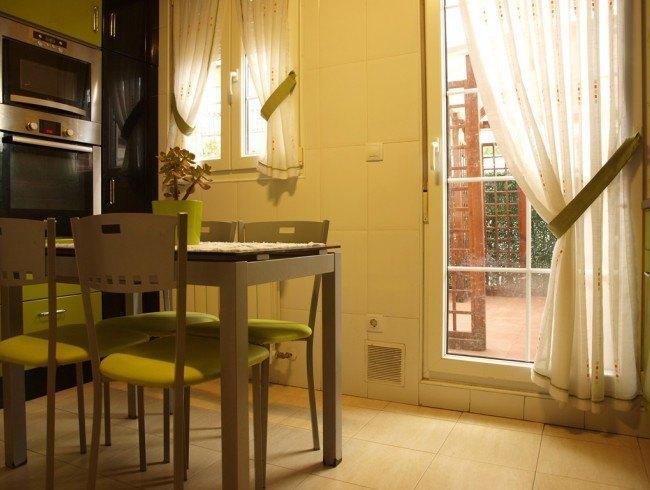 Chalet en venta en Los Corrales de Buelna con 4 habitaciones, 2 baños y 169 m2 por 200.000 €