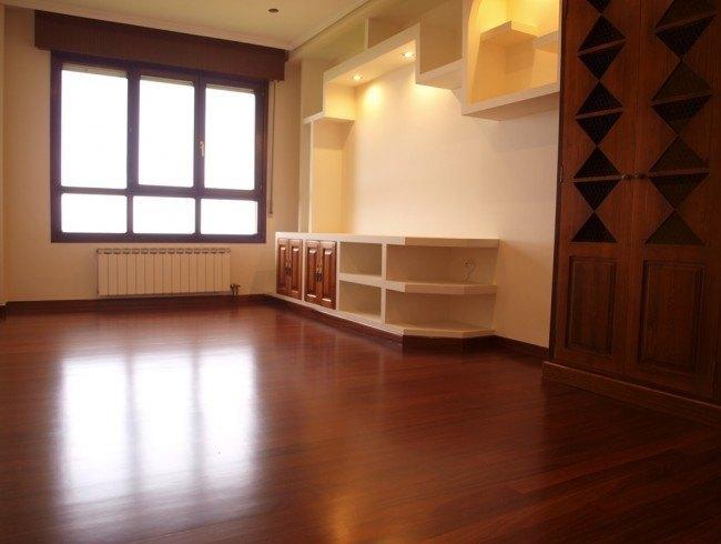 Piso en venta en Suances con 3 habitaciones, 1 baños y 83 m2 por 129.000 €