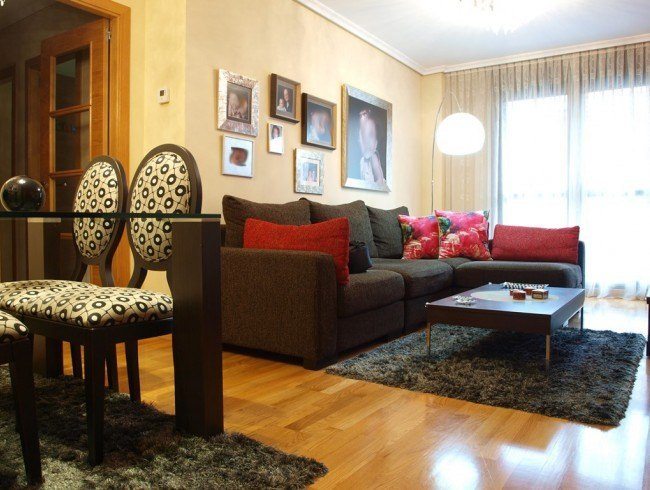 Piso en venta en Los Corrales de Buelna con 3 habitaciones, 2 baños y 97 m2 por 165.000 €