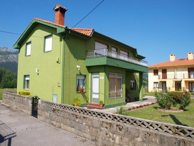 Casa en venta en San Felices de Buelna con 3 habitaciones, 1 baños y 222 m2 por 115.000 €