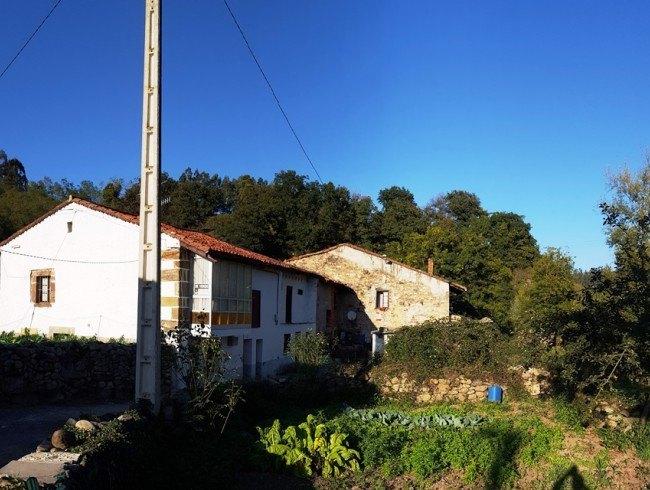 Casa en venta en Molledo con 2 habitaciones, 1 baños y 243 m2 por 22.000 €