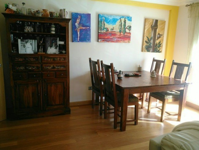 Chalet en alquiler en San Felices de Buelna con 3 habitaciones, 3 baños y 147 m2 por 575 €/mes