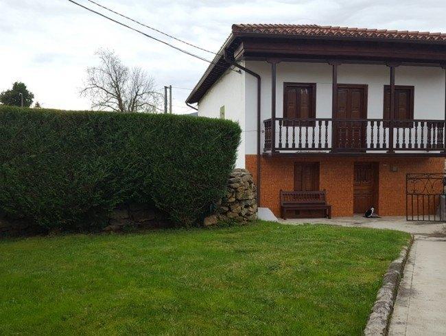 Casa en venta en Molledo con 2 habitaciones, 1 baños y 183 m2 por 85.000 €
