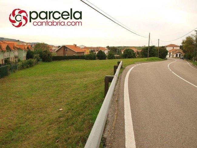 Terreno urbano en venta en Suances por 180.000 €