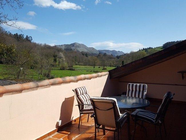 Casa en venta en Los Corrales de Buelna con 4 habitaciones, 3 baños y 255 m2 por 149.000 €