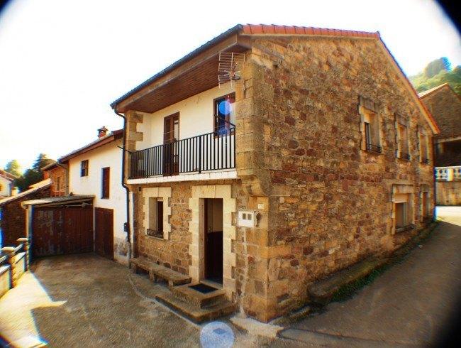 Casa en venta en Cieza con 4 habitaciones, 1 baños y 370 m2 por 120.000 €