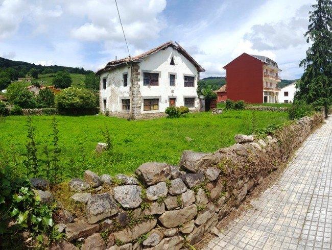 Casa en venta en Arenas de Iguña con 184 m2 por 95.000 €