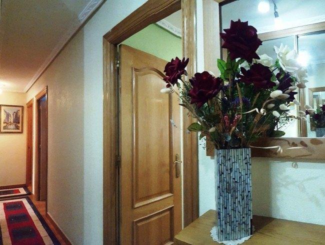 Piso en venta en Los Corrales de Buelna con 3 habitaciones, 1 baños y 77 m2 por 96.000 €