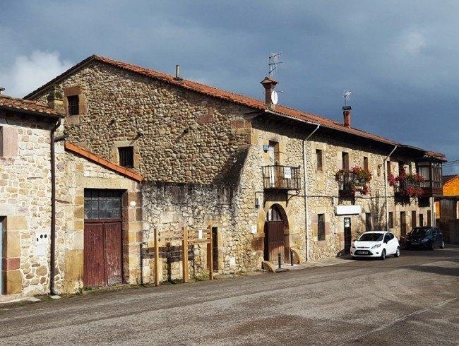 Casa en venta en Bárcena de Pie de Concha con 1 baños y 461 m2 por 120.000 €