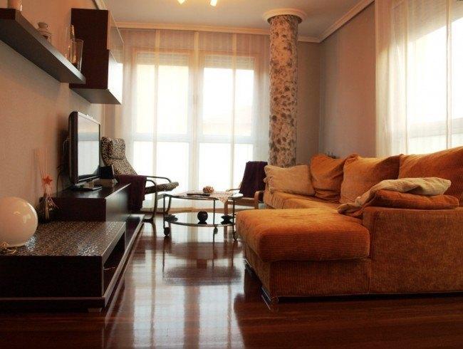 Piso en venta en Torrelavega con 2 habitaciones, 2 baños y 69 m2 por 149.900 €