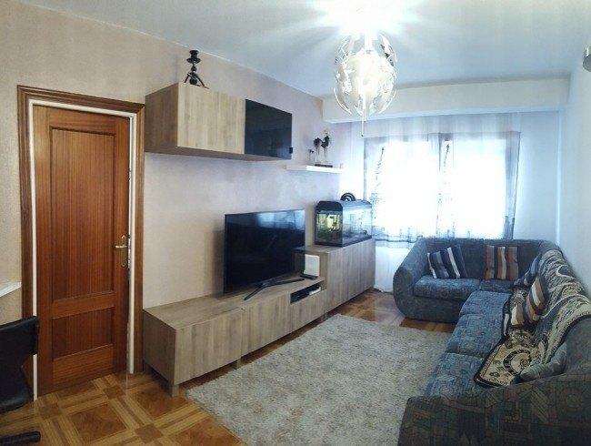 Piso en venta en Los Corrales de Buelna con 3 habitaciones, 1 baños y 70 m2 por 43.000 €