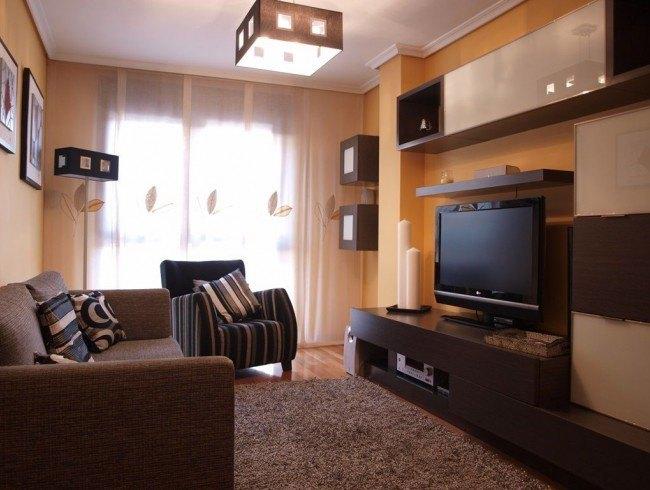 Piso en venta en Los Corrales de Buelna con 2 habitaciones, 2 baños y 83 m2 por 125.000 €