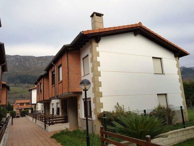 Chalet en venta en San Felices de Buelna con 3 habitaciones, 1 baños y 100 m2 por 148.000 €