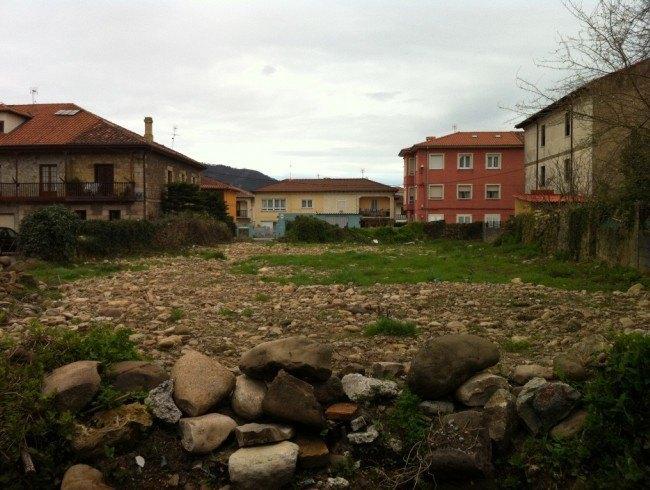 Terreno urbano en venta en Los Corrales de Buelna por 130.000 €