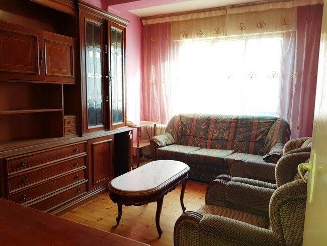 Piso en venta en Los Corrales de Buelna con 3 habitaciones, 1 baños y 71 m2 por 43.000 €
