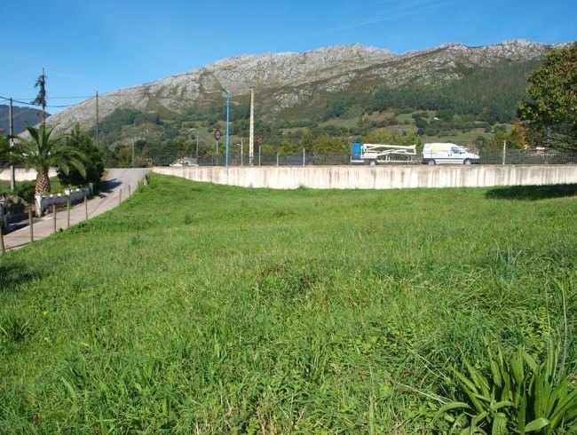 Parcela en venta en San Felices de Buelna por 38.000 €