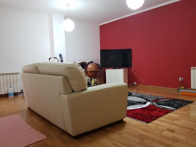 Piso en venta en Los Corrales de Buelna con 2 habitaciones, 1 baños y 79 m2 por 75.000 €