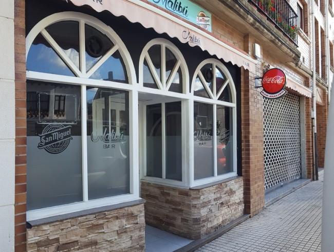 Local comercial en alquiler en Los Corrales de Buelna con 95 m2 por 500 €/mes