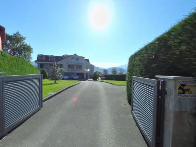 Chalet en venta en San Felices de Buelna con 4 habitaciones, 5 baños y 197 m2 por 210.000 €
