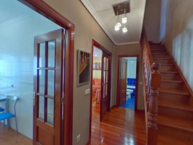 Piso en alquiler en Los Corrales de Buelna con 3 habitaciones, 2 baños y 101 m2 por 500 €/mes