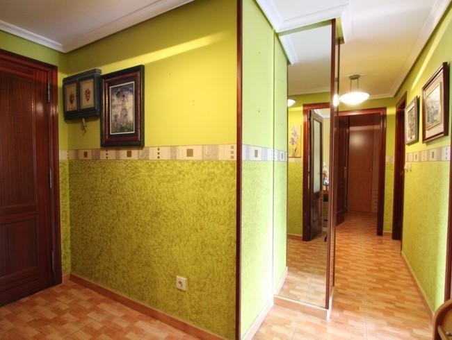 Piso en venta en Santiago de Cartes con 2 habitaciones, 1 baños y 79 m2 por 85.000 €