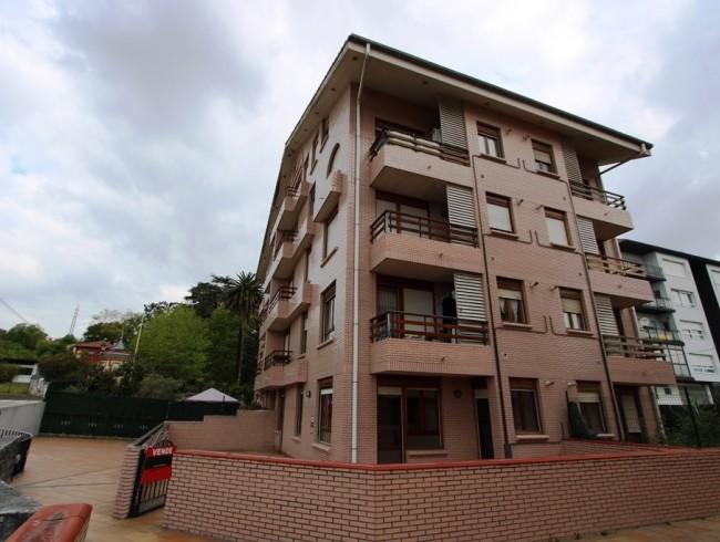 Piso en venta en Colindres con 2 habitaciones, 1 baños y 60 m2 por 80.000 €