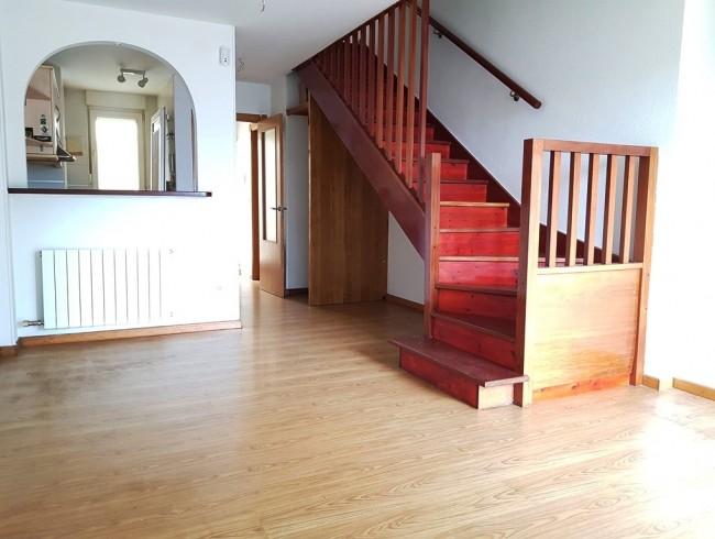Piso en venta en Renedo de Piélagos con 2 habitaciones, 2 baños y 76 m2 por 88.640 €