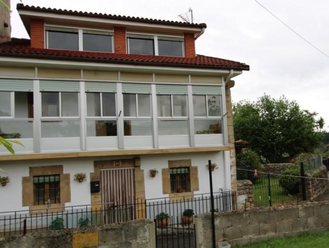 Casa en venta en Molledo con 4 habitaciones, 1 baños y 250 m2 por 90.000 €