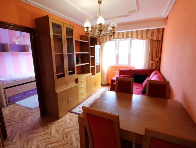 Piso en venta en Los Corrales de Buelna con 3 habitaciones, 1 baños y 73 m2 por 46.000 €