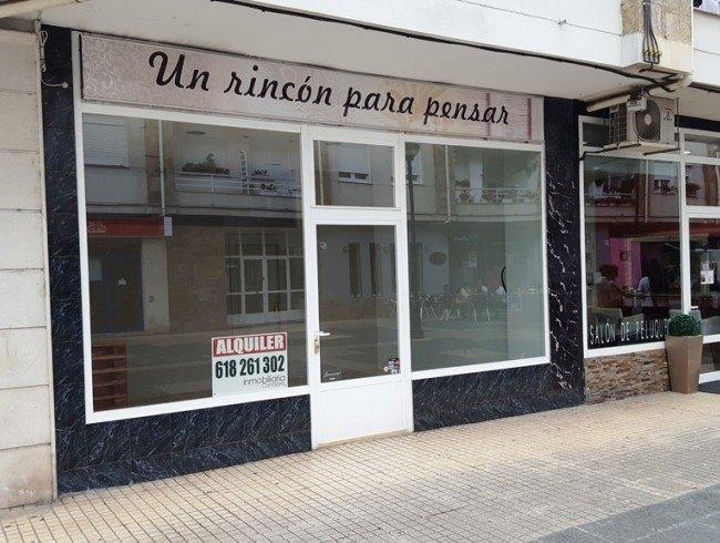 Local comercial en alquiler en Los Corrales de Buelna con 32 m2 por 400 €/mes